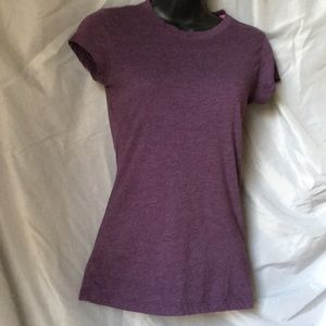 Fitted purple t shirt